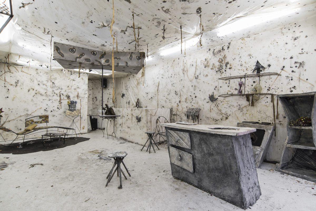 Union Pacific – Ben Burgis & Ksenia Pedan - Installation view, 2015, OIKOS, Union Pacific, London