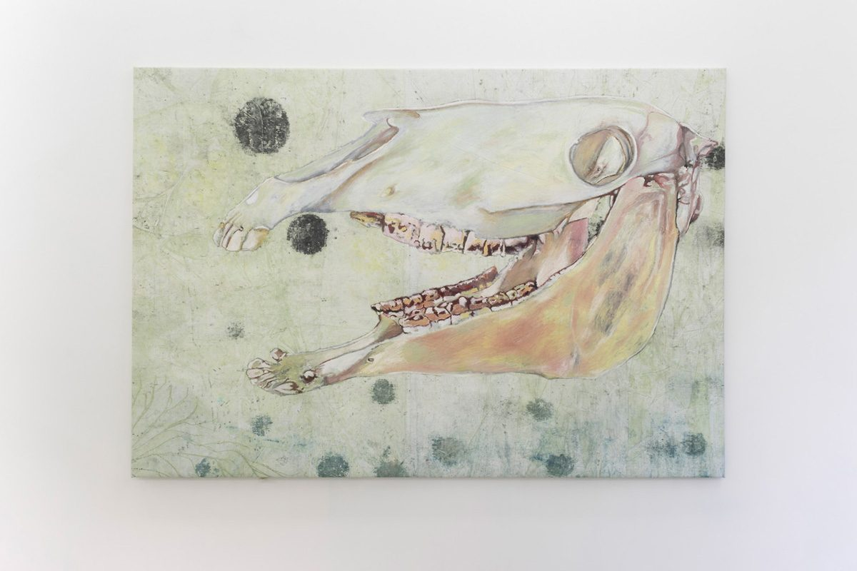 Union Pacific – Aleksander Hardashnakov - Horse skull, 2016, Oil, concrete dye, fabric dye, tempera, acrylic and gesso on linen, 207 cm x 144 cm
