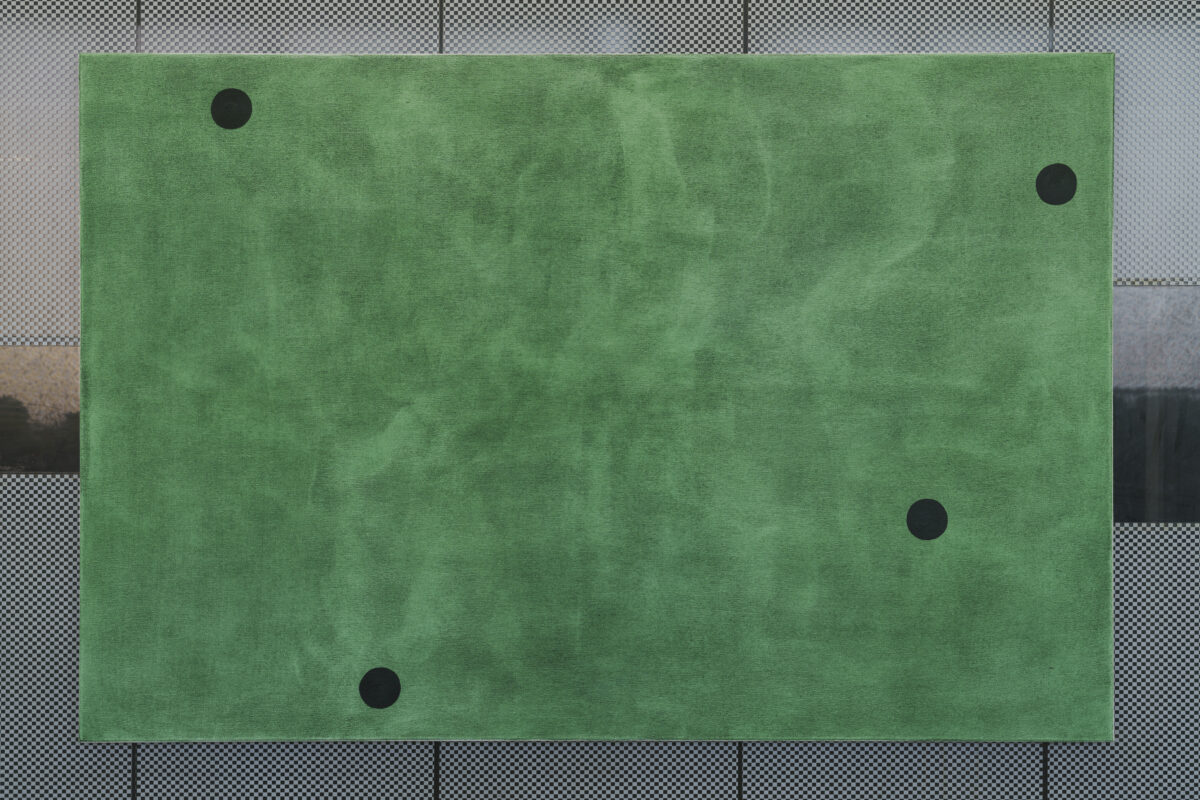 Union Pacific – Max Ruf - Untitled (green, four green points, composition), 2020, oil on canvas, 150 x 100 cm