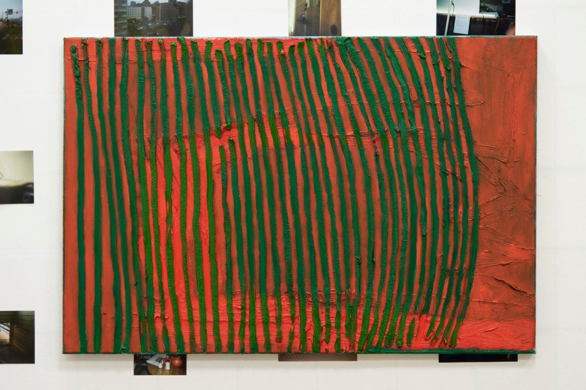 Union Pacific – Max Ruf - Untitled (vertical green lines, red), 2018-2019, Oil on canvas, 90x60 cm